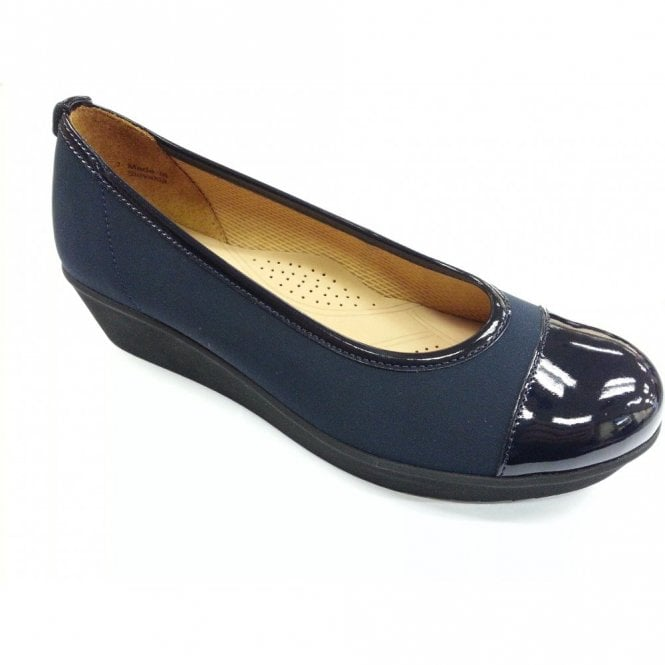 Gabor Orient 86.471.86 Navy Patent Pump Shoe