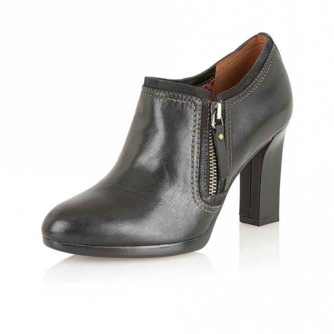 Naturalizer Annabell Black Leather Heeled Shoe-Boots
