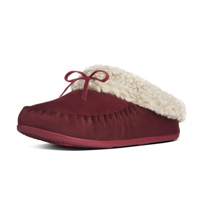 FitFlop The Cuddler Snugmoc Hot Cherry Suede Slipper - SLIGHTLY FADED RIGHT SHOE