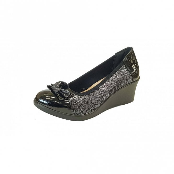 Lotus Zetta Pewter Print & Black Patent Wedge