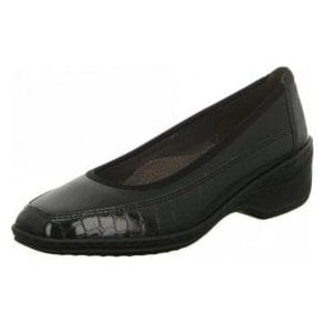 61148-01 Black Patent Croc Court Shoe