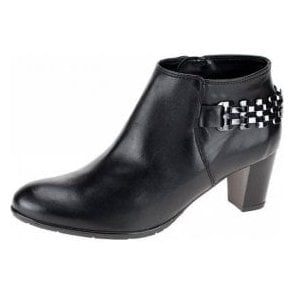 43463-77 Black Leather Ankle Boot