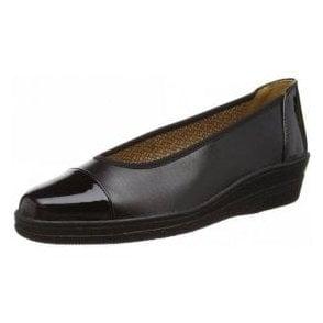 Petunia 06.402.37 Black Patent Pump Shoe