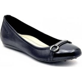 22105-28 Black Leather with Patent Toe Pump