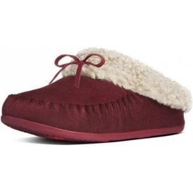 The Cuddler Snugmoc Hot Cherry Suede Slipper - SLIGHTLY FADED RIGHT SHOE