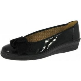 Lesley 66.403.67 Black Patent Pump with Bow