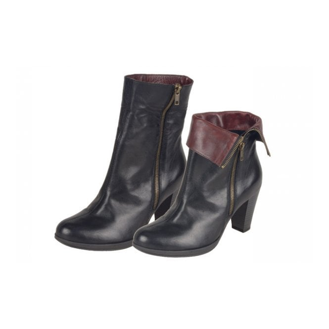 acheter populaire f55af aeb7a D0970-01 Black Leather Ankle Boot